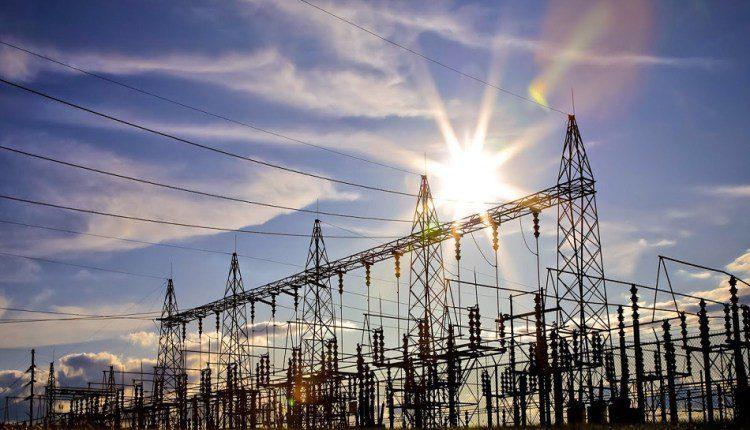 مليار جنيه لرفع كفاءة شبكة الكهرباء لخدمة 2.4 مليون مشترك بالمنيا