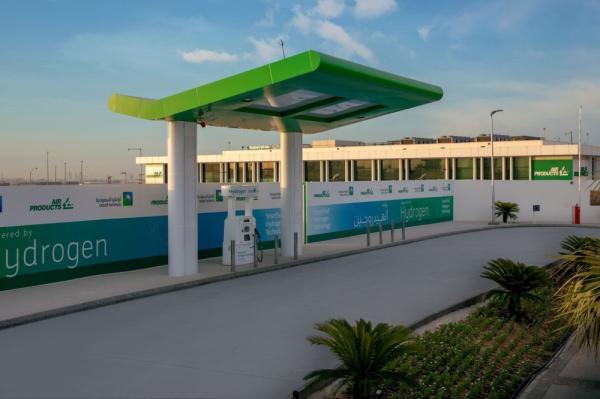 محطة الهيدروجين الأخضر في الصحراء السعودية تهدف إلى زيادة قوة الطاقة النظيفة