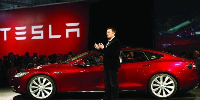 أشهر ملياردير في صناعة السيارات الكهربائية